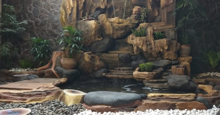 Tukang Taman Cirebon – Taman Relif Air Terjun